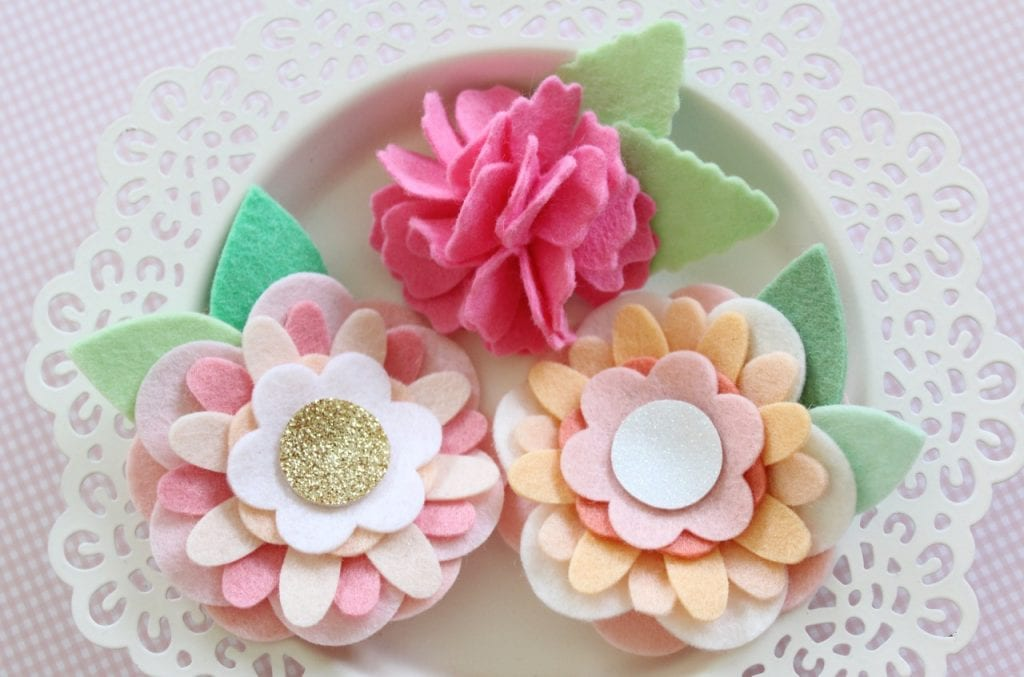 felt-flower-hair-accessories-from-molly-and-mama-16