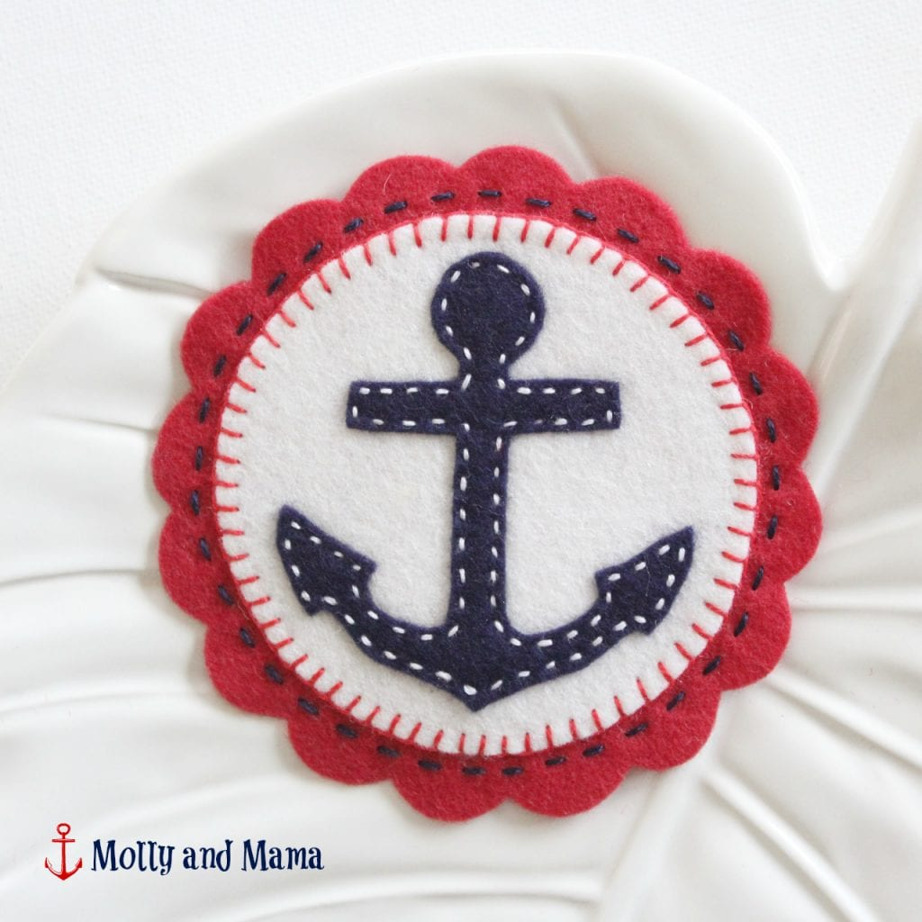 nautical-felt-anchor-a-tutorial-from-molly-and-mama